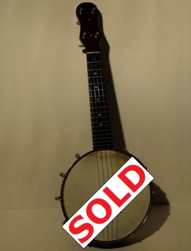 Dulcetta Banjolele as used in my tuition video 'Formby In Close-up'. Picture 1
