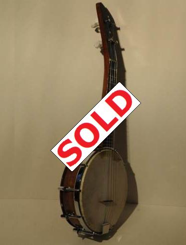 Cheap and cheerful banjolele with really good sound. Picture 1